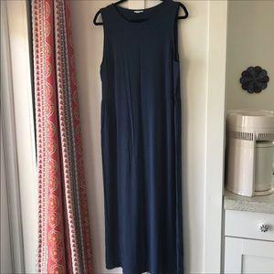 🎈J. Jill Navy Sleeveless Maxi Dress
